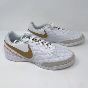 Nike Legend 7 Academy 10R IC Soccer Shoes - Women